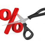 SELIC caiu para 4,25% ao ano, deixando a taxa no menor patamar da história!